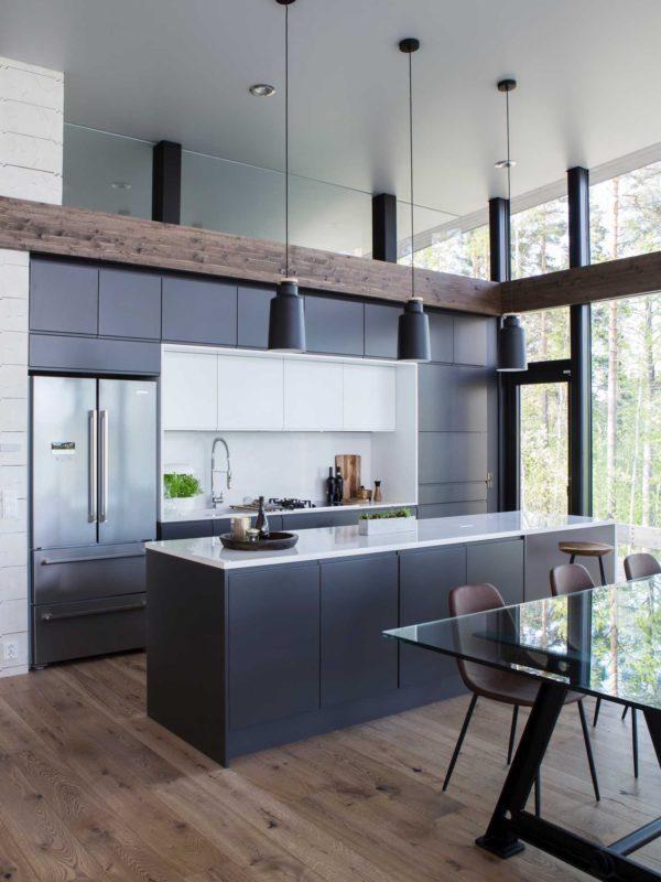 zeitloses Küche in Schwarz