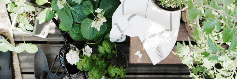 skandinavische Garten, Balkon oder Terrasse mit natürliche Materialien und Formen. Bei nordic butik