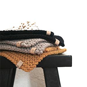 Handgefertigt gehäkelte Topflappen aus recycelte Baumwolle